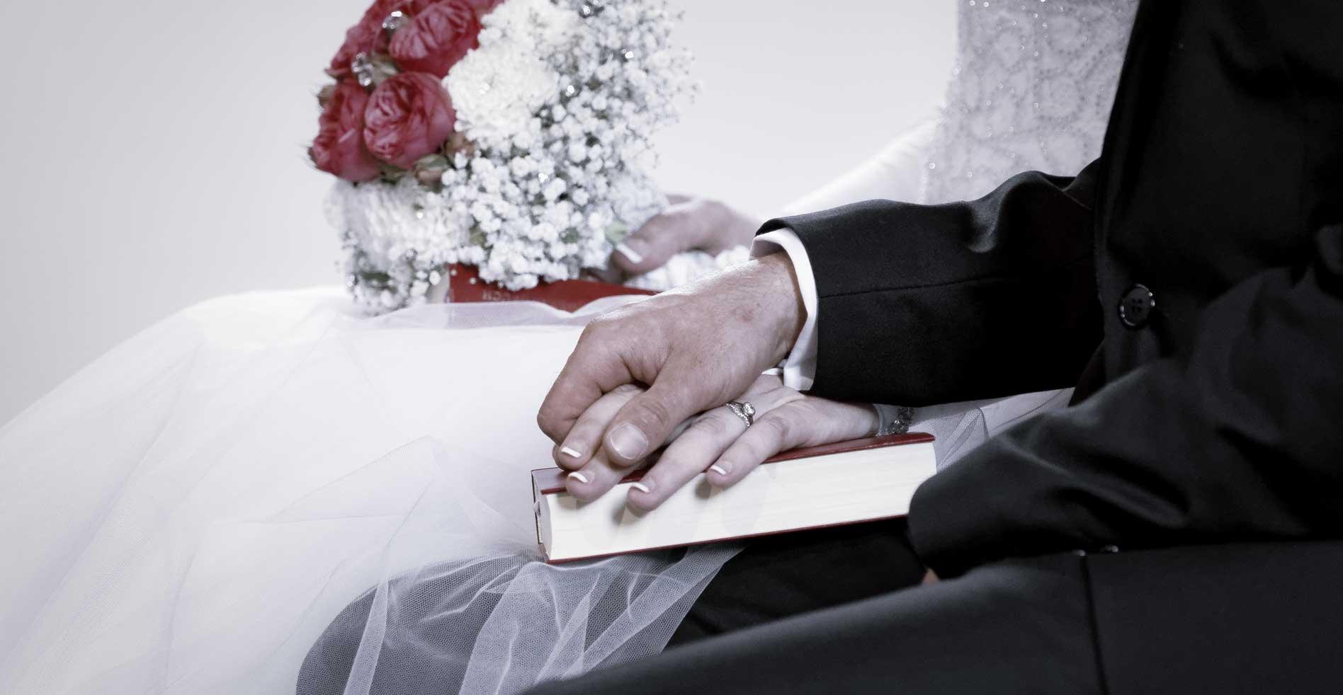 klassische Hochzeitsreportagen · by carpelux.de